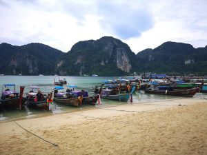 Pic illustration boats in Thailand